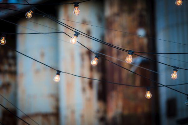 light-bulbs-1875268_960_720